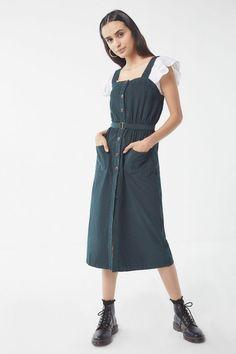 c3e052a7f82 Slide View  1  UO Cordelia Corduroy Midi Dress Urban Dresses