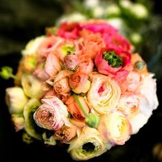 ranunculus bouquet. so pretty.