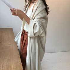 casual loose outfit | cardigans | neutrals | lazy