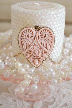 Jennelise ~ Pink, Ivory & Gold