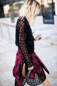 High end sheer grunge girl in with a touch of plaid tartan flannel. Grunge Fashion, Look Fashion, Fashion Beauty, Autumn Fashion, Womens Fashion, Looks Street Style, Looks Style, Style Me, Punk
