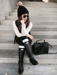 Shopbop Event of the Season Sale Casual Winter Outfits, Winter Fashion Outfits, Autumn Winter Fashion, Fall Outfits, Best Rain Boots, Rain Boots Style, Snow Boots, Rain Day Outfits, Hunter Boots Outfit