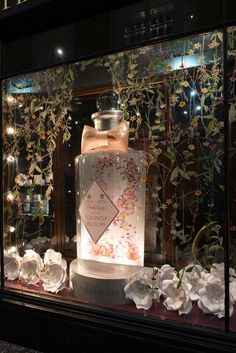 08419f598d836 Millington Associates are delighted to have collaborated with Penhaligon s  on a beautiful floral window scheme for the Spring launch.