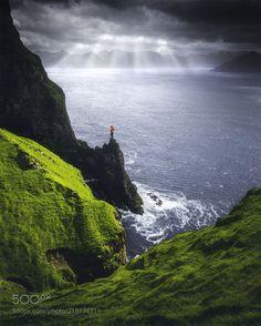 Kalsoy (Cuma Cevik / Anywhere, On / Earth) #Canon EOS 5D Mark III #landscape #photo #nature