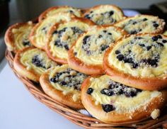 Čučoriedkové koláče s tvarohom - My site Czech Desserts, Sweet Recipes, Cake Recipes, Super Cookies, Sweet Cooking, Czech Recipes, Croatian Recipes, Bread And Pastries, Desert Recipes