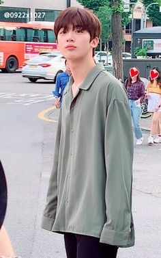 Yohanie ❤️ Cre to owner Lee Dong Wook, K Idol, Kpop Boy, Boyfriend Material, Handsome Boys, Korean Boy Bands, My Boyfriend, Pretty People, Boy Groups