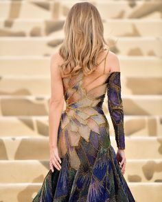 Fashion Design Inspiration Gowns Red Carpets 69 Ideas For 2019 Style Couture, Couture Fashion, Beautiful Gowns, Beautiful Outfits, Gorgeous Dress, Look Fashion, Fashion Design, Men Fashion, Feminine Fashion