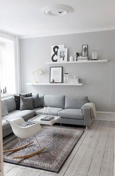 Living Room Grey, Small Living Rooms, Living Room Modern, Living Room Designs, Living Room Decor, Tiny Living, Living Room Scandinavian, Scandinavian Interior, Scandinavian Style