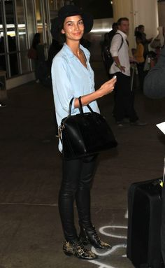 AIRPORT LOOK: LILY ALDRIDGE   CHAMBRAY + LEATHER