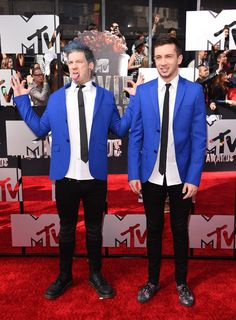 twenty one pilots Photos Photos - Twenty One Pilots attends the 2014 MTV Movie Awards at Nokia Theatre L.A. Live on April 13, 2014 in Los Angeles, California. - Arrivals at the MTV Movie Awards — Part 2