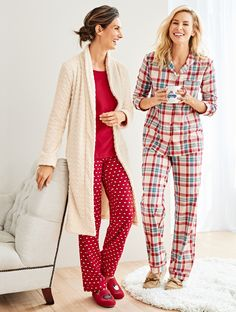 Gift cozy and get comfortable. From warm & fuzzy slippers to PJs and robes, these are the gifts that are always well received. | Talbots