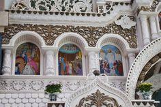 На Тернопільщині знаходиться єдиний в світі вишитий іконостас (Фото)