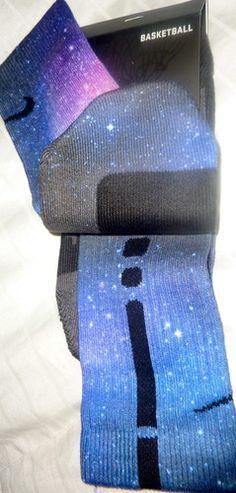 Cute Nike Galaxy Socks Want! Nike Elite Socks, Nike Socks, Athletic Outfits, Athletic Wear, Athletic Socks, Basketball Socks, Soccer, Sports, Futbol