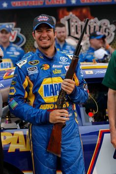 Its great to see Martin Truex Jr doing so well this season. :)