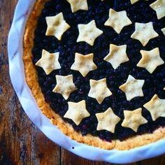 #blåbær #pai #bake #homemade #blue #blueberries #fresh #berries #pie #delicious #yum #feedfeed #foodlove #5omdagen #brodogkorn #bakemag #star #sweet #kos #sommerferie #matglede #matprat Korn, Pie, Baking, Instagram Posts, Desserts, Torte, Tailgate Desserts, Cake, Deserts
