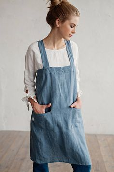 What to wear in the art studio. Pure linen pinafore apron in 12 colors. Japanese apron.