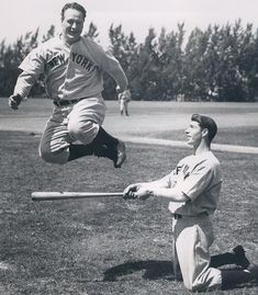 Lou Gehrig and Joe Dimaggio...2 of the greatest to ever play the game.