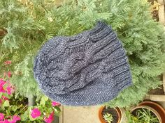 Ravelry: Project Gallery for Lopta pattern by Berangere Cailliau Raise Funds, Ravelry, Knitted Hats, Creations, Winter Hats, Challenges, Knitting, Projects, Pattern