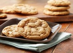 Seriously can't resist these! HERSHEY'S Kitchens Canada   CHIPITS® SKOR®* Toffee Bits Cookies