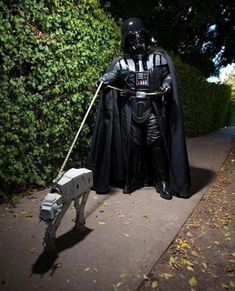Kevin Knight's Funny and Dramatic Cosplay Photos