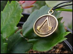 Assassin's Creed pendant