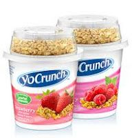 Transform your favorite, strawberry or raspberry flavored yogurt with the tasty crunch of Kellogg's® granola. It's a delectably delicious duo. Yogurt Parfait, Yogurt Cups, Chips Ahoy Cookies, Junk Food Snacks, Low Fat Yogurt, Good Food, Yummy Food, Painted Cups, Granola
