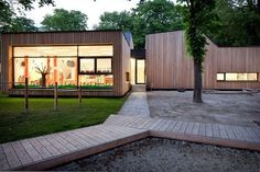childcare architecture / modern wood natural centre