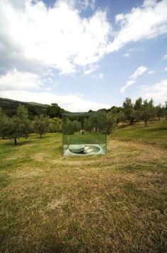 By Bukichi Inoue, My hole in the sky, in park of Villa di Celle