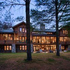 Custom log home.. Actually like the look!