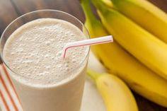 De nombreuses personnes pensent que la banane n'est pas quelque chose qu'on devrait manger quand on essaie de perdre du poids, mais c'est l'un des ingrédients les plus couramment utilisés dans la préparation de boissons de régime. Les bananes sont riches en potassium, ce qui élimine l'excès d'eau dans le corps et stimule également le métabolisme. …