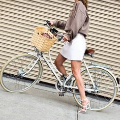 HANNELI. With @HanneliM wearing #MBNYFW #Women #FW15 box online on:  www.jaiperdumaveste.com  #Jaiperdumaveste #JPMV by #NabileQuenum #StreetStyle #Style #Fashion #FashionWeek #Mode #HanneliMustaparta #AcneStudios #NewYork #NYFW #NYC #Woman #NoFilter