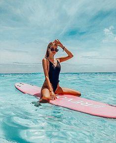 The Beach, Summer Beach, Summer Vibes, Girl Beach, Summer Bikinis, Summer Travel, Bikini Bleu, Bikini Modells, Bikini Poses
