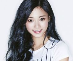 "Twice's Tzuyu ""Cheer Up"" promotional picture."