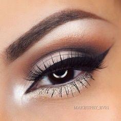 White and grey smokey eye.