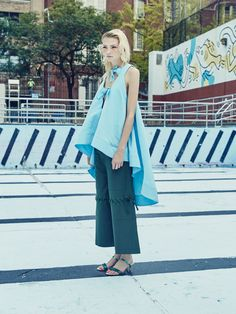 See the complete Rosie Assoulin Spring 2016 Ready-to-Wear collection.