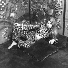 Jane Holzer wearing Thea Porter _ Photo by Jack Robinson, January 1969.