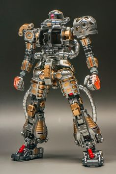 MODELER: Huidong MODEL TITLE: N/A MODIFICATION TYPE: painted build KITS USED: MG 1/100 Char's Zaku II Clear ver. ...