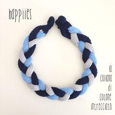 La collana nel blu dipinto di blu, 100% cotone 100% handmade - #happiies