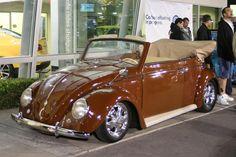 Very Sweet VW Convertible Bugs, Vw Beetle Convertible, Hot Vw, Vw Classic, Vw Vintage, Bugatti, Lamborghini, Vw Cars, Vw Beetles
