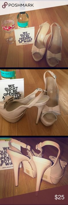 Happy Spring! 🌷 Aldo Nude Pumps Size 8.5 but my girl friend who they belong to says they fit like a 8. Preowned, gently used. Who loves wine and shoes as much as I do? Aldo Shoes Platforms
