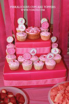 DIY Cupcake Stand Tu