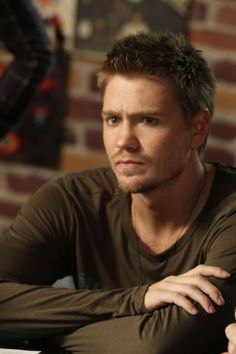 Chad Michael Murray. <3 Lucas from One Tree Hill.