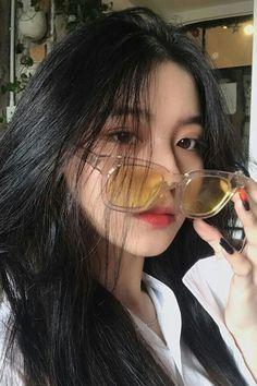 -ˏˋ ulzzang girl 01 uploaded by  on We Heart It Pretty Korean Girls, Cute Korean Girl, Beautiful Asian Girls, Korean Beauty, Asian Beauty, Bora Lim, Peinados Pin Up, Ulzzang Korean Girl, Uzzlang Girl