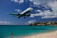 USAirways 757 over Maho Beach, St. Martin