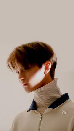 wanna one Bae Jinyoung✨ Bae Jinyoung Produce 101, Minions, Jaehwan Wanna One, Ong Seung Woo, Syaoran, Guan Lin, Thing 1, Produce 101 Season 2, Lee Daehwi
