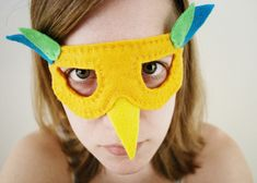 Felt Bird Mask • Free tutorial with pictures on how to make a masquerade in under 60 minutes