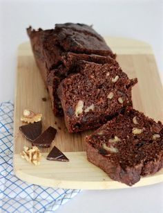 Chocolade bananenbrood discovered by My inspiring world Healthy Cake, Healthy Sweets, Healthy Baking, Food Cakes, Baking Recipes, Cookie Recipes, Chocolate Banana Bread, Chocolate Chocolate, Chocolate Desserts