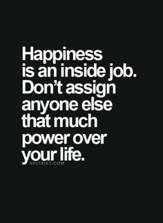 HAPPINESS and GRATITUDE from within....this is true power! ☀️⭐️ #lovelife #innerstrength #gratitude #missbolufe #lifequotes #lifeadvice #lessons #innerstrength #innerpeace