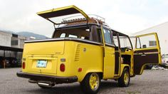 cool custom hatch on this dual cab #volkswagen bus #vwbus | pinned by www.wfpcc.com Or was this a bus converted into a truck? Anyone care to weigh in?