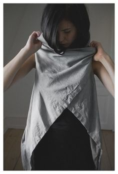 Obscur grey leather vest
